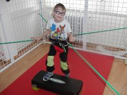 rehabilitační program pro 7letého postiženého syna