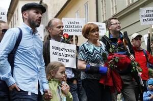 Proč norové odebrali další české dítě?