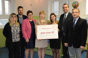 Nadace Naše dítě a společnost ROSSMANN darovaly 3.000.000 korun rehabilitačním stacionářům