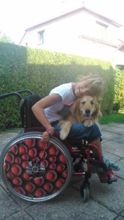 mechanický vozík pro postiženou dceru Barborku